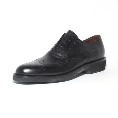 ET Wright Size 11 Wingtip Lace Up Shoes